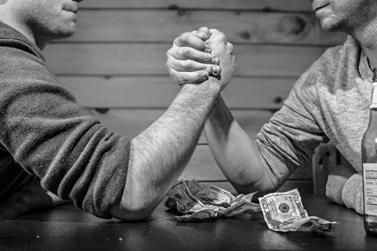 Kekurangan dan kelebihan metode penghitungan gaji