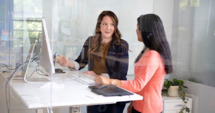 Cara Efektif Memotivasi Karyawan Agar Semangat Bekerja