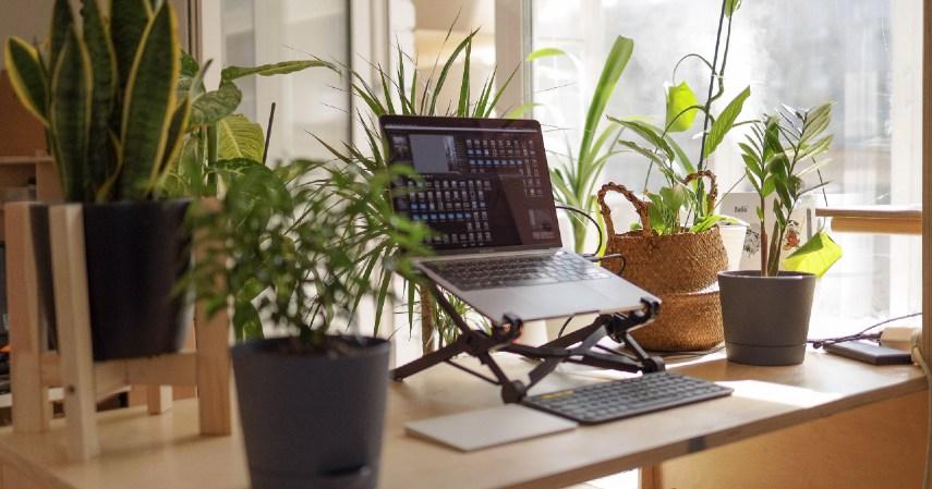 Meja Kerja Ergonomis desain ruang kerja
