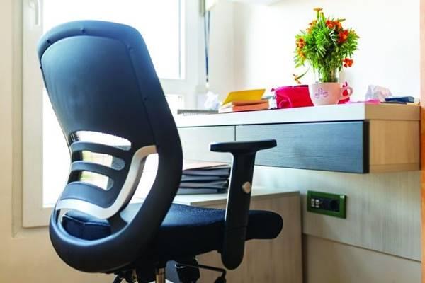 kursi kerja nyaman