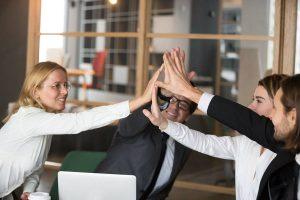 Wujudkan Engagement Karyawan Menggunakan Software HRD LinovHR