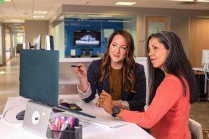 Manfaat Employee Empowerment untuk Karyawan & Perusahaan