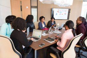 5 Peran Utama dalam Human Resource Development di Perusahaan