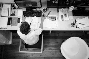 Cara Mudah Menghitung Persentase Kehadiran Karyawan