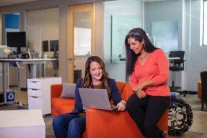 Startup VS Corporate, Mana yang Paling Tepat untuk Karir?